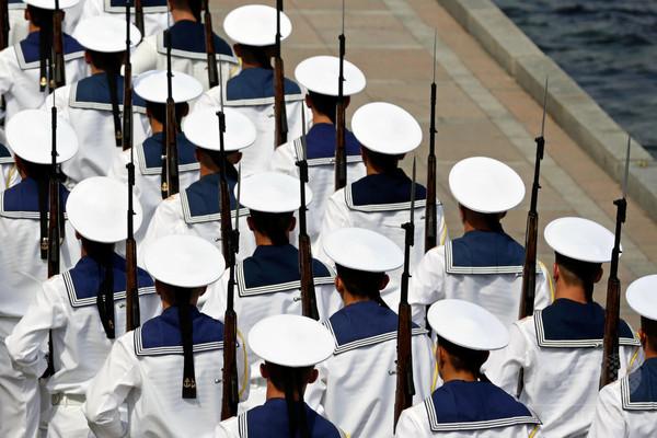 ロシアが地中海へミサイル艦派遣、軍事作戦に参加か