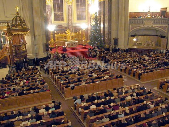 「クリスマス礼拝では教会税納入者に優先席を!」、ドイツ当局者