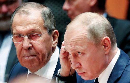 プーチン氏、主要閣僚を据え置き ロシア新内閣発表