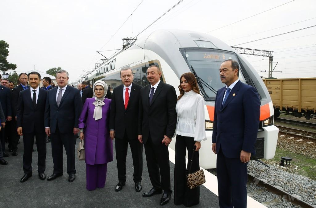 カスピ海周辺3か国つなぐ鉄道が開通 中国─西欧の所要時間短縮