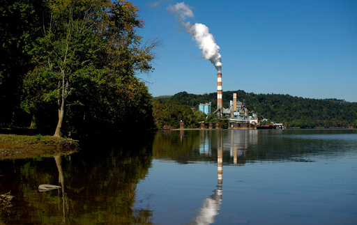 米22州と7市、トランプ政権を提訴 環境規制緩和の阻止目指す