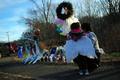米小学校銃乱射、児童15人救った教員が恐怖の体験を語る