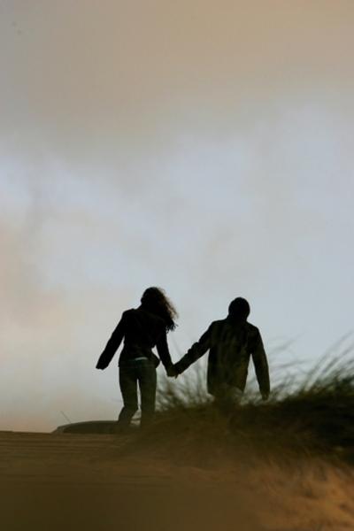 ドイツ、実の妹を愛した男性による近親相姦合法化の訴え実らず