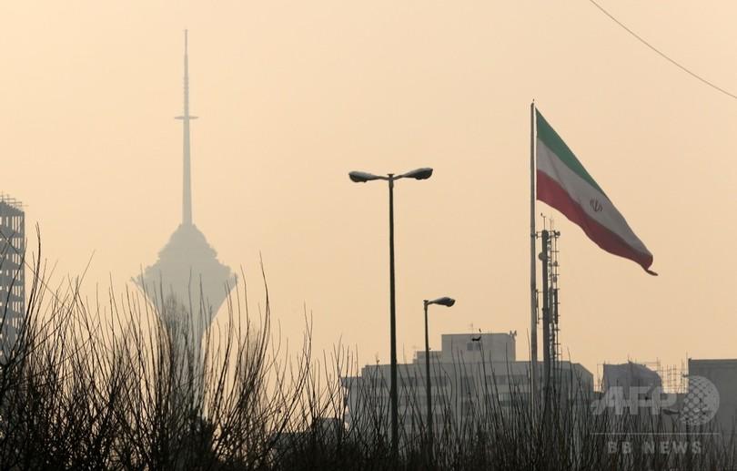 イラン首都、大気汚染で学校休校 交通規制も