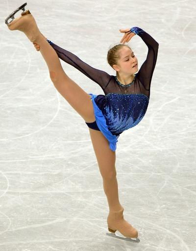 女子SPで3位のリプニツカヤ、世界フィギュア