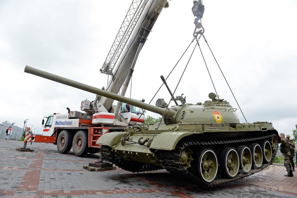 国際ニュース:AFPBB Newsウクライナの親露派、博物館の戦車など略奪 実戦に投入?