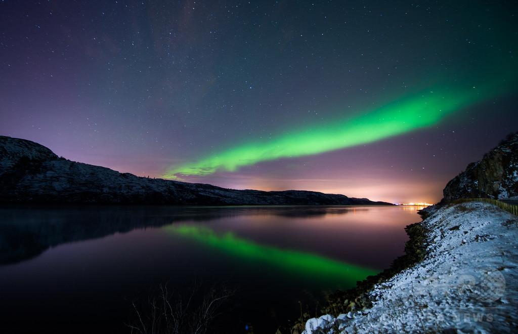 闇よ消え去れ!北欧、「冬季うつ」を光で撃退