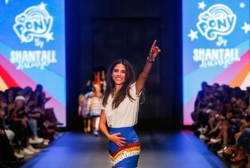 中米ニカラグアでファッションショー開催