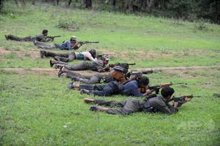 インドの毛沢東主義派ゲリラ、急襲作戦受け37人死亡 多くは女性