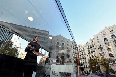 【今日の1枚】「男社会」・生ハム切り職人の世界へ進出 スペイン