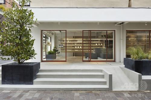 「イソップ」自由が丘店オープン、フランスの建築家集団シグーと日本初コラボ