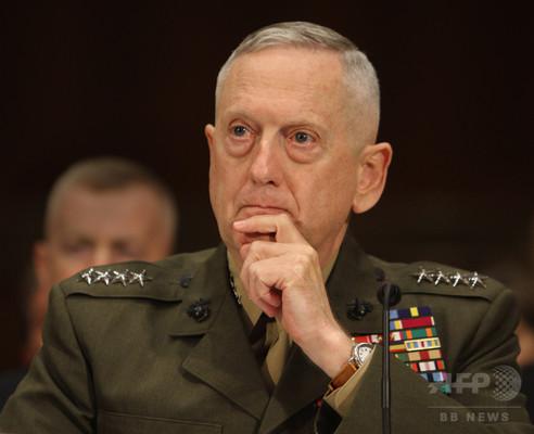 トランプ氏、次期国防長官に「狂犬」マティス氏を指名