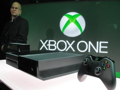 米マイクロソフト、次世代ゲーム機「Xbox One」を発表