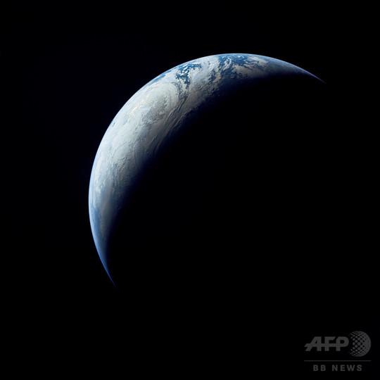 50年前にアポロ4号が撮影した地球の画像、NASA