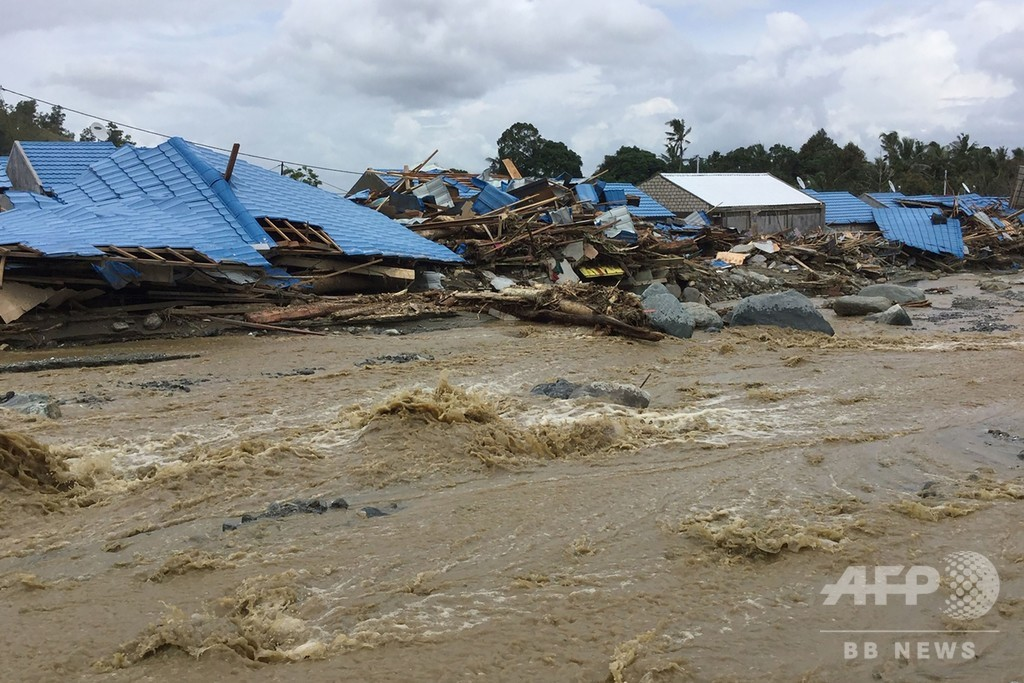 インドネシア・パプア州で鉄砲水、58人死亡