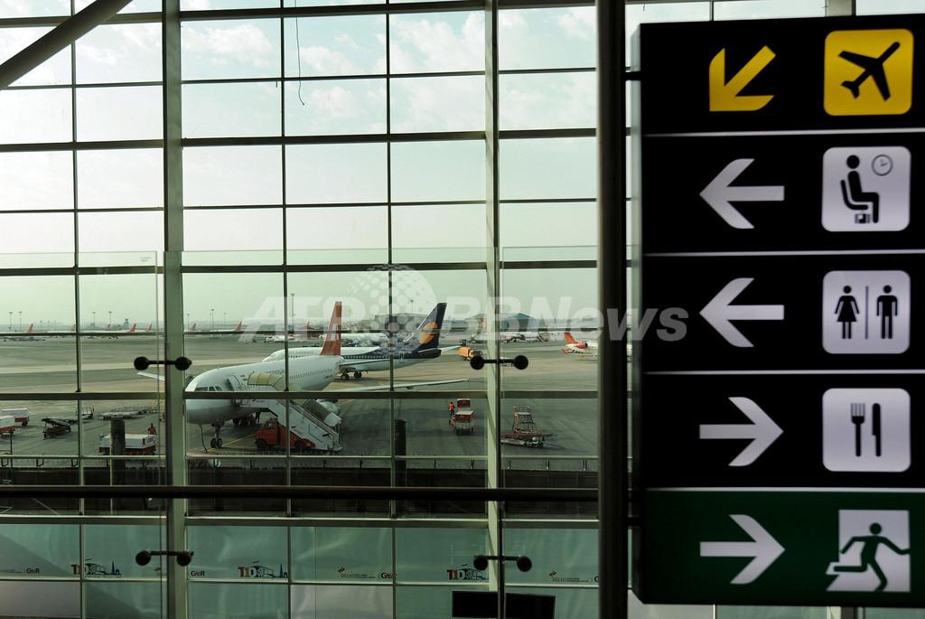 インド旅客機で「偽パイロット」相次ぎ見つかる、国営航空でも