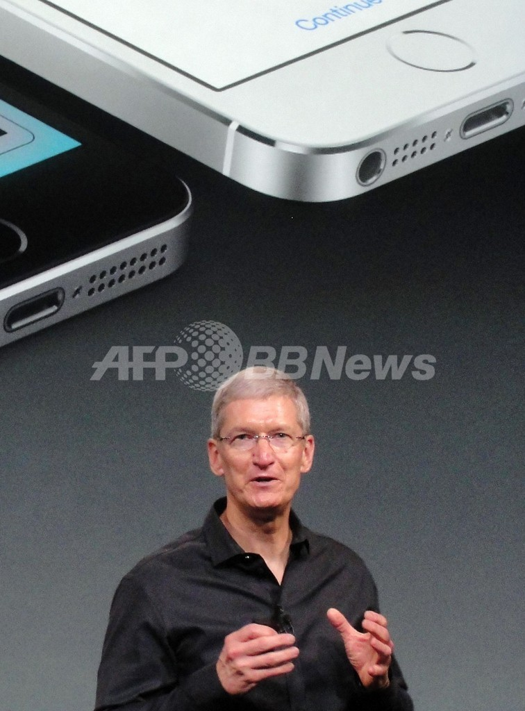 アップルは「がらくた市場には踏み込まない」クックCEO