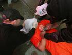 イスラム国、拘束の欧米人を「水責め」で拷問 米紙報道
