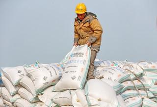 中国、米追加関税に報復準備 大豆や自動車など106品目