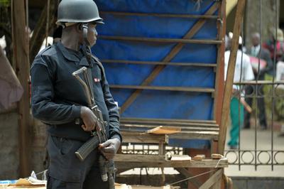 生徒79人が集団拉致される、カメルーン英語圏