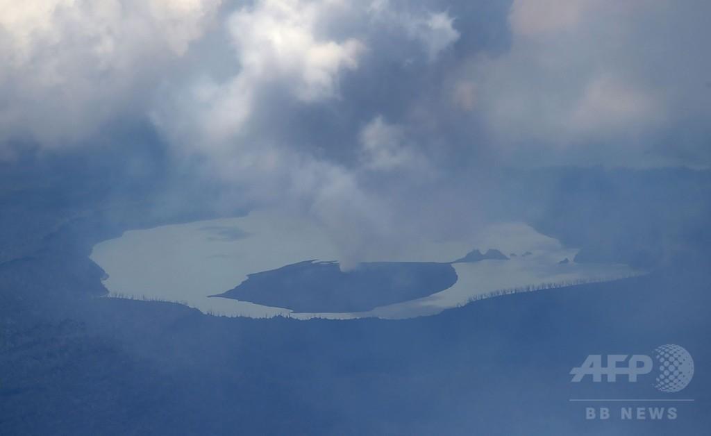 太平洋の島国バヌアツ、火山噴火で非常事態を宣言 住民数千人避難