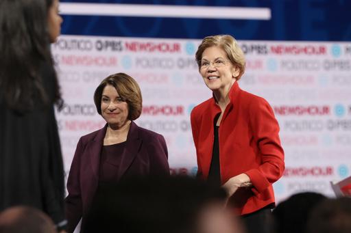 NYタイムズ、大統領選でウォーレン、クロブシャー両氏への支持表明