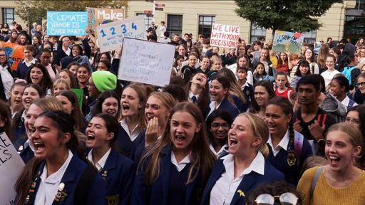 動画:温暖化対策を!世界各地で若者がデモ