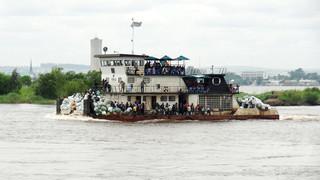 コンゴで定員超過の客船が沈没、30人死亡 暴動も