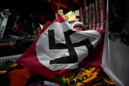 東南アジアでナチスはファッション? 街にあふれるかぎ十字やヒトラー タイ