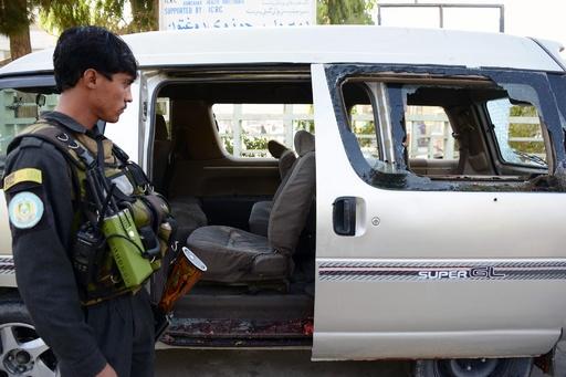 空港勤務の女性5人と運転手、銃撃受け死亡 アフガニスタン南部