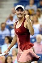 ボズニアツキ、圧勝で準決勝に進出 全米オープン