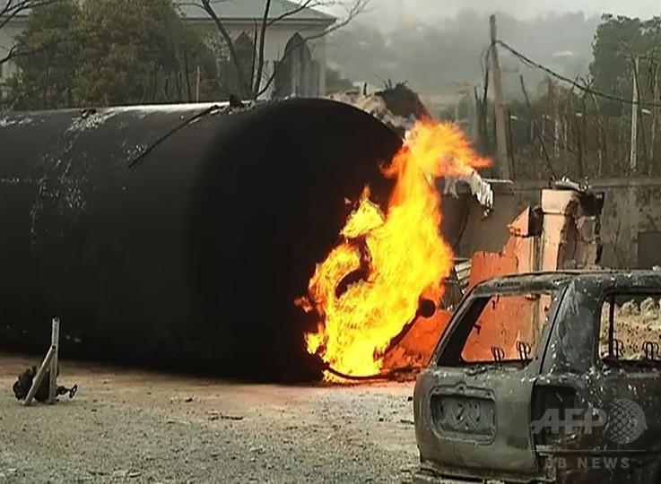 ナイジェリアのガス工場で大規模爆発、数十人死亡と大統領