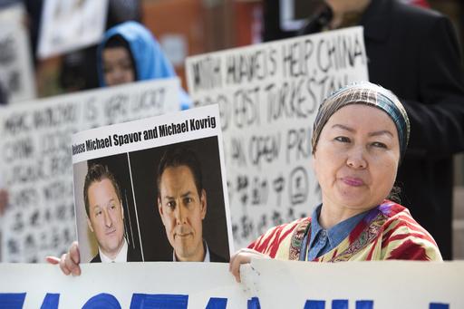 ファーウェイCFO逮捕後に中国で拘束されて1年、カナダ人2人の閉ざされた生活
