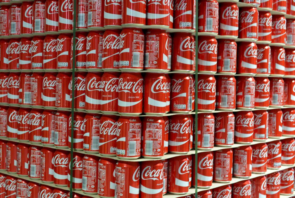 コカ・コーラの新年あいさつ、露とウクライナで猛抗議受け削除