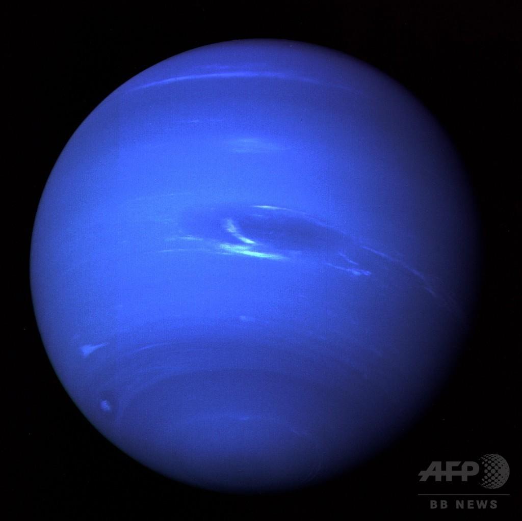 ボイジャー2号が捉えた海王星、25年前