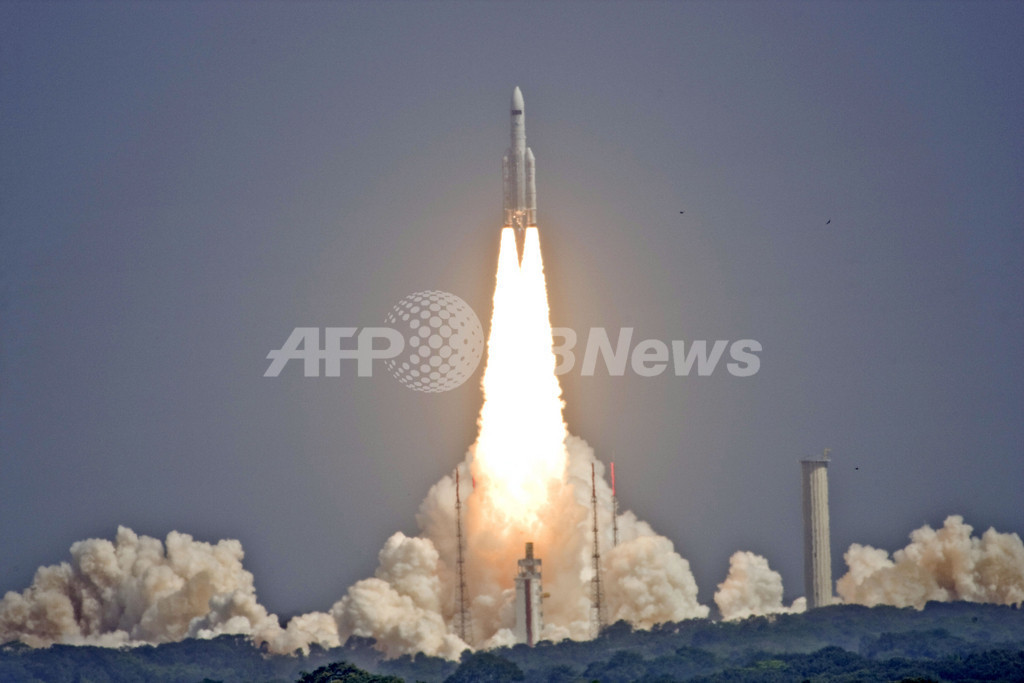 アリアン5打ち上げ成功、ビッグバン解明に向け最新望遠鏡を宇宙へ