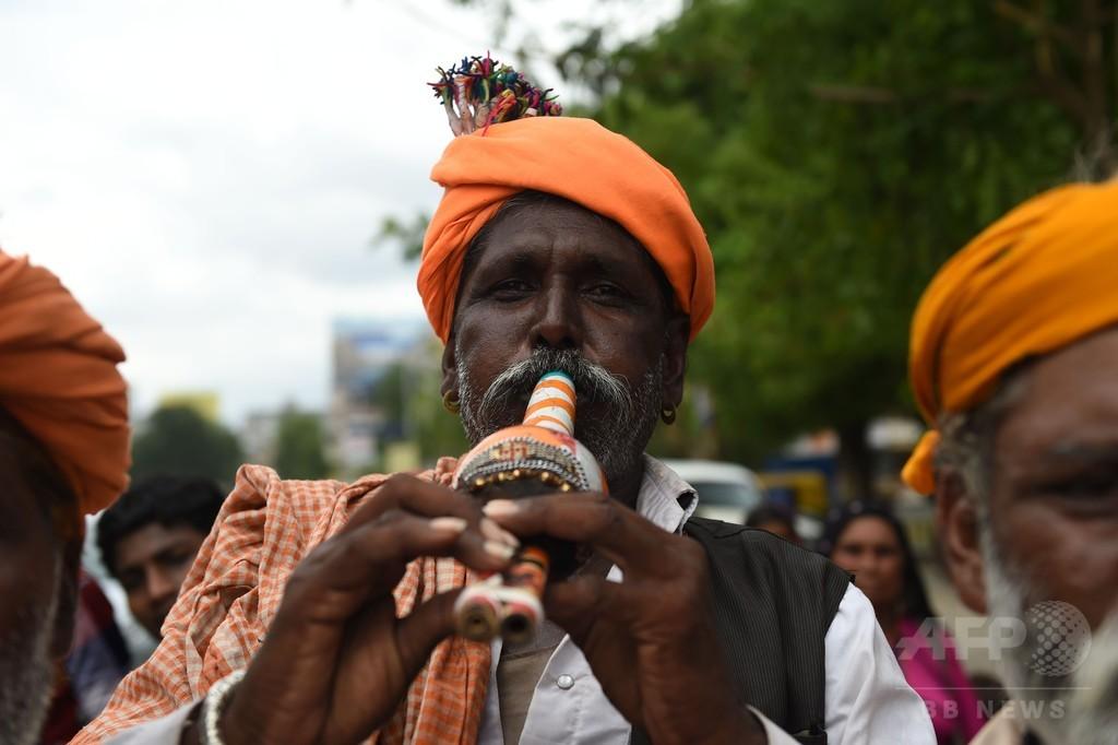 デマによるリンチ、インドで相次ぐ ワッツアップが対処を約束