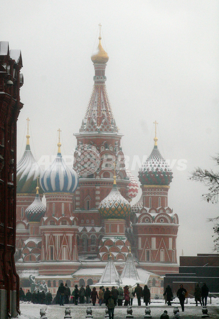 クレムリンの雪化粧も見納め? モスクワ市長が人工消雪計画
