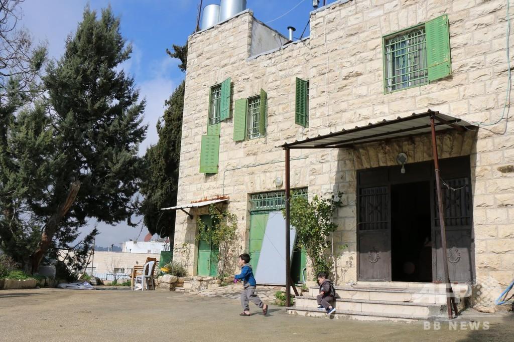 偽造文書や脅迫も、パレスチナ人の不動産を不正に奪うイスラエル入植者