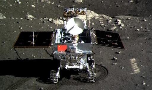 「人類よ、おやすみ」中国月面探査車の異常、ネットで大反響