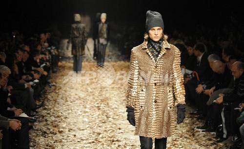 <08/09年秋冬ミラノ・メンズコレクション>バーバリー プローサム、新作を発表