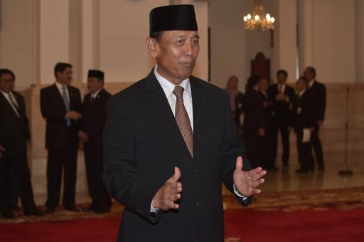インドネシア治安担当相、刺される 襲撃犯はISに感化された過激派か