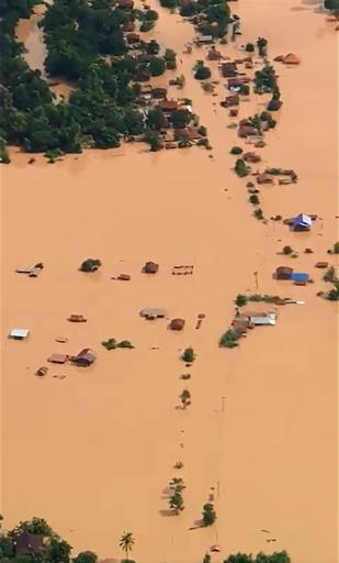 建設中のダムが決壊、数百人が行方不明に ラオス