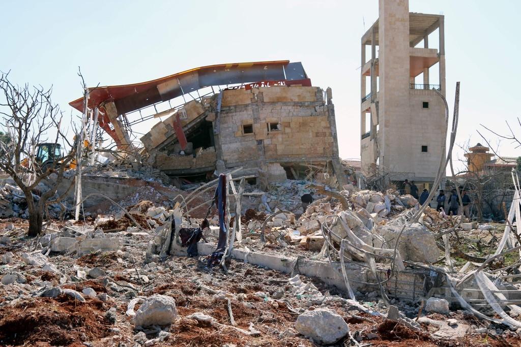シリア病院・学校空爆で「市民50人近く死亡」 国連と米が非難