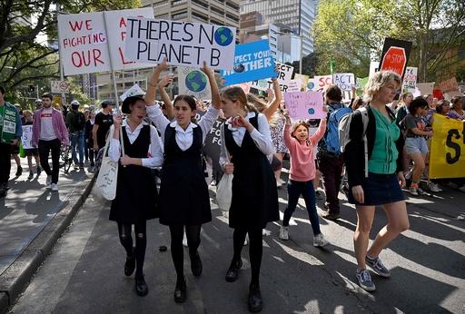 アジア太平洋各地で子どもたちが環境デモ 史上最大規模