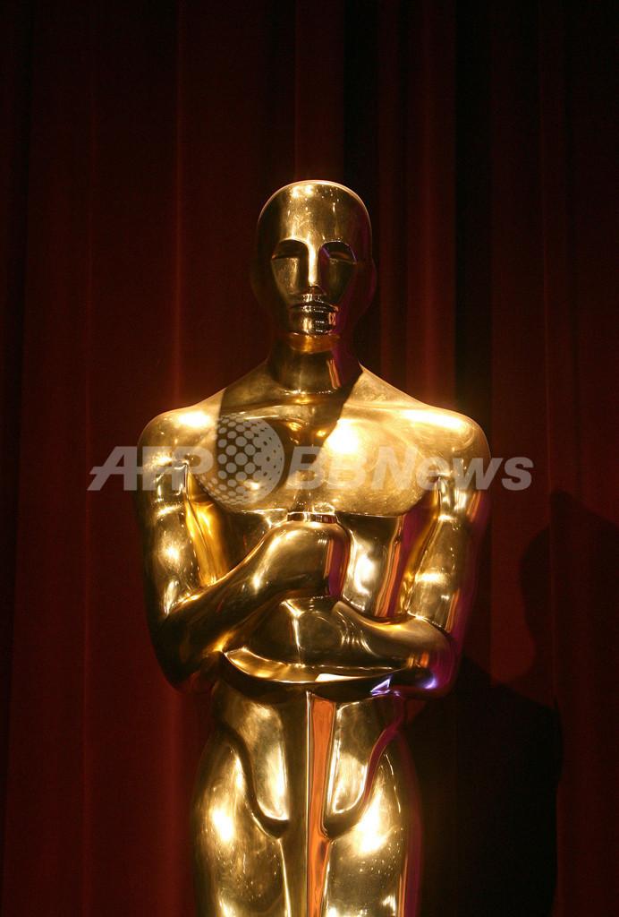 アカデミー賞の像は、なぜ「オスカー」と呼ばれるのか? 写真1枚 国際 ...