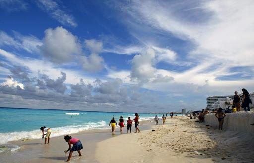 メキシコで邦人女性、ダイビング中に行方不明