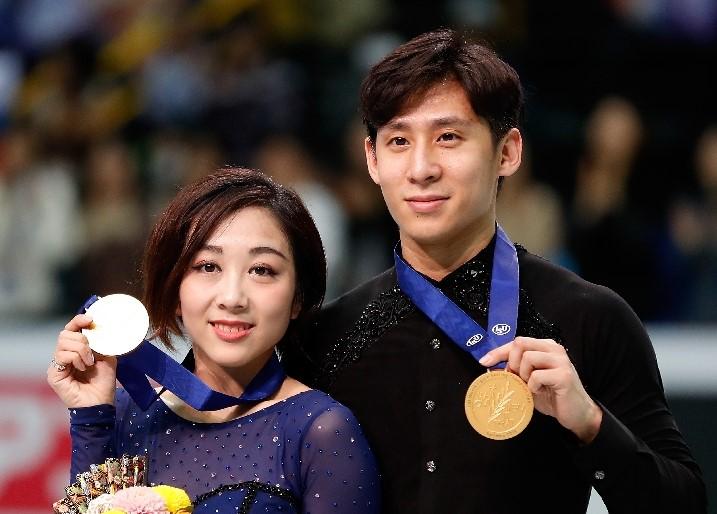 隋文静、韓聡組が優勝 世界フィギュアペア