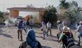 メキシコ学生失踪事件、教師が州知事公邸前で猛抗議