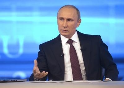 プーチン露大統領、クリミアへの派兵を初めて認める